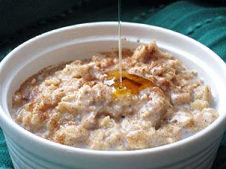 Oatmeal: How to make a delicious & nutritious breakfast